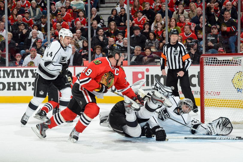 Toews reaching to score on the L.A. Kings.